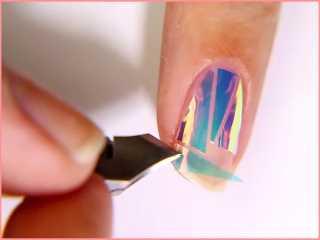 Как сделать на ногтях разбитое стекло